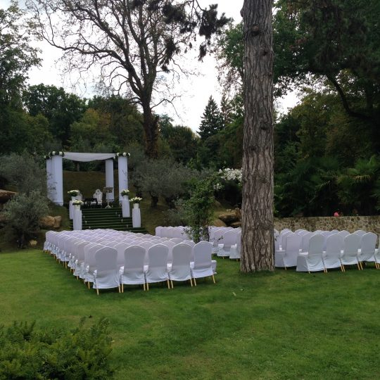 http://www.arabesque-evenement.com/wp-content/uploads/2017/07/déco-exterieur-540x540.jpg